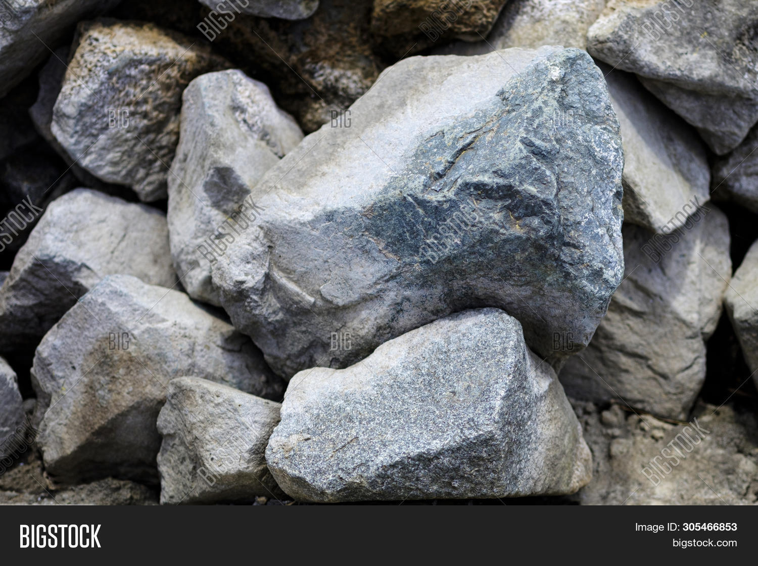 cobblestone,decoration,edge,forms,geology,gray,ground,heap,lake,land,large,little,lopar,material,nature,ocean,pattern,pebble,pebbly,petrification,river,rock,scene,sea,seashore,shape,shiny,small,smooth,stone,stony,structure,studio,summer,texture,textured,underwater,wall,wallpaper,water,wave