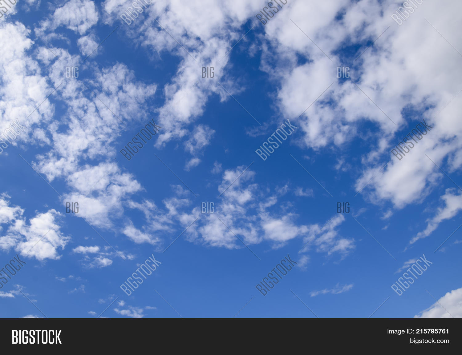 atmosphere,autumn,background,beam,beautiful,beauty,blue,calm,cirrus,clear,climate,cloud,cloudscape,cloudy,color,cumulus,day,environment,evening,fall,fluffy,heaven,high,horizontal,idyllic,landscape,light,midday,morning,nature,nimbi,outdoor,precipitation,rainy,sky,soft,space,spring,summer,sun,sunlight,sunny,sunset,view,weather,white,winter