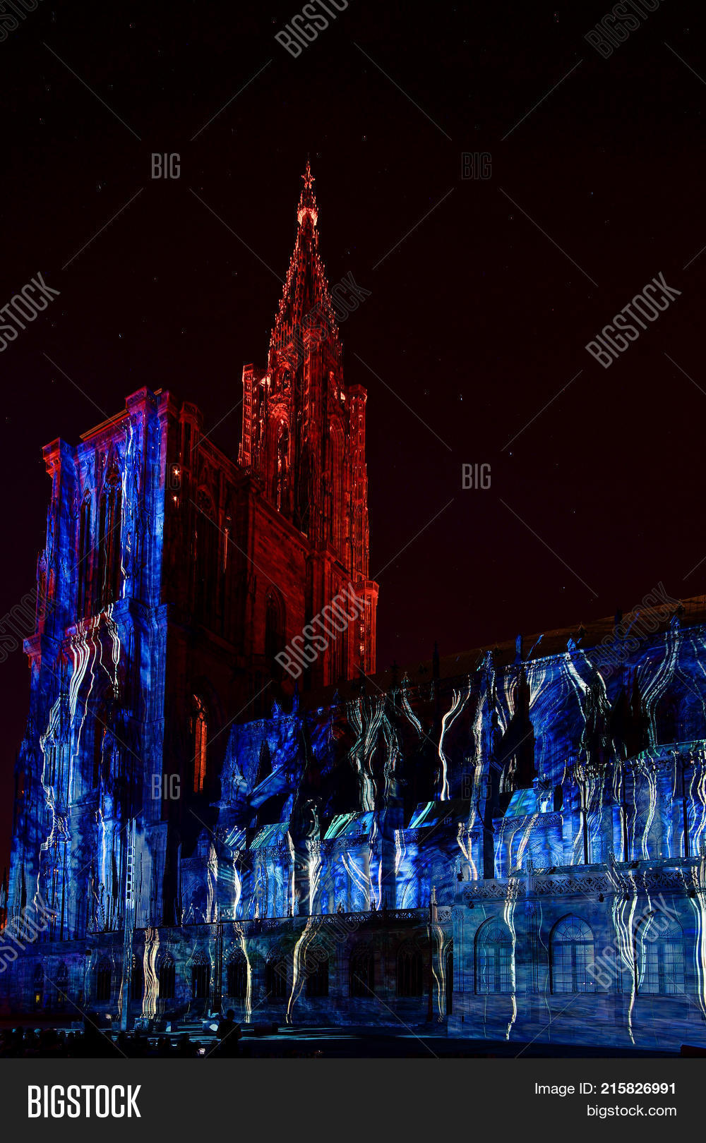 Architecte Bas Rhin ? beautiful colors of highlighted notre dame cathedral in