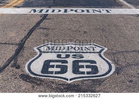 Midpoint marker between Chicago and Los Angeles along Route 66 in Texas stock photo