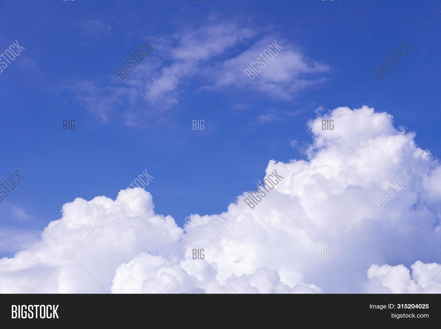 abstract,air,atmosphere,background,backlight,beam,blue,bright,clear,climate,clouds,color,day,dramatic,fantastic,freedom-sky,heavens,high,horizon,landscape,light,natural,nature,outdoors,overcast,ray,scenic,sky,sky-background,sky-clouds,sky-landscape,sky-nature,sky-scene,sky-space,sky-view,skyscape,summer,sun,sunbeam,sundown,sunlight,sunny,sunrise,sunset,sunshine,vast,vast-sky,view,weather,white
