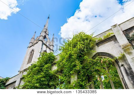 St. Dunstan-in-the-East a church was largely destroyed in the Second World War and the ruins are now a public garden in London stock photo