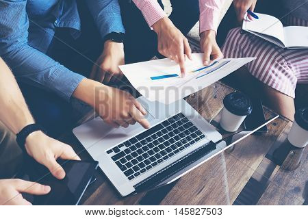 Startup Diversity Teamwork Brainstorming Meeting Concept.Business Team Coworkers Global Sharing Economy Laptop Touchscreen.People Working Planning Start Up.Group Young Men Women Looking Report Screen