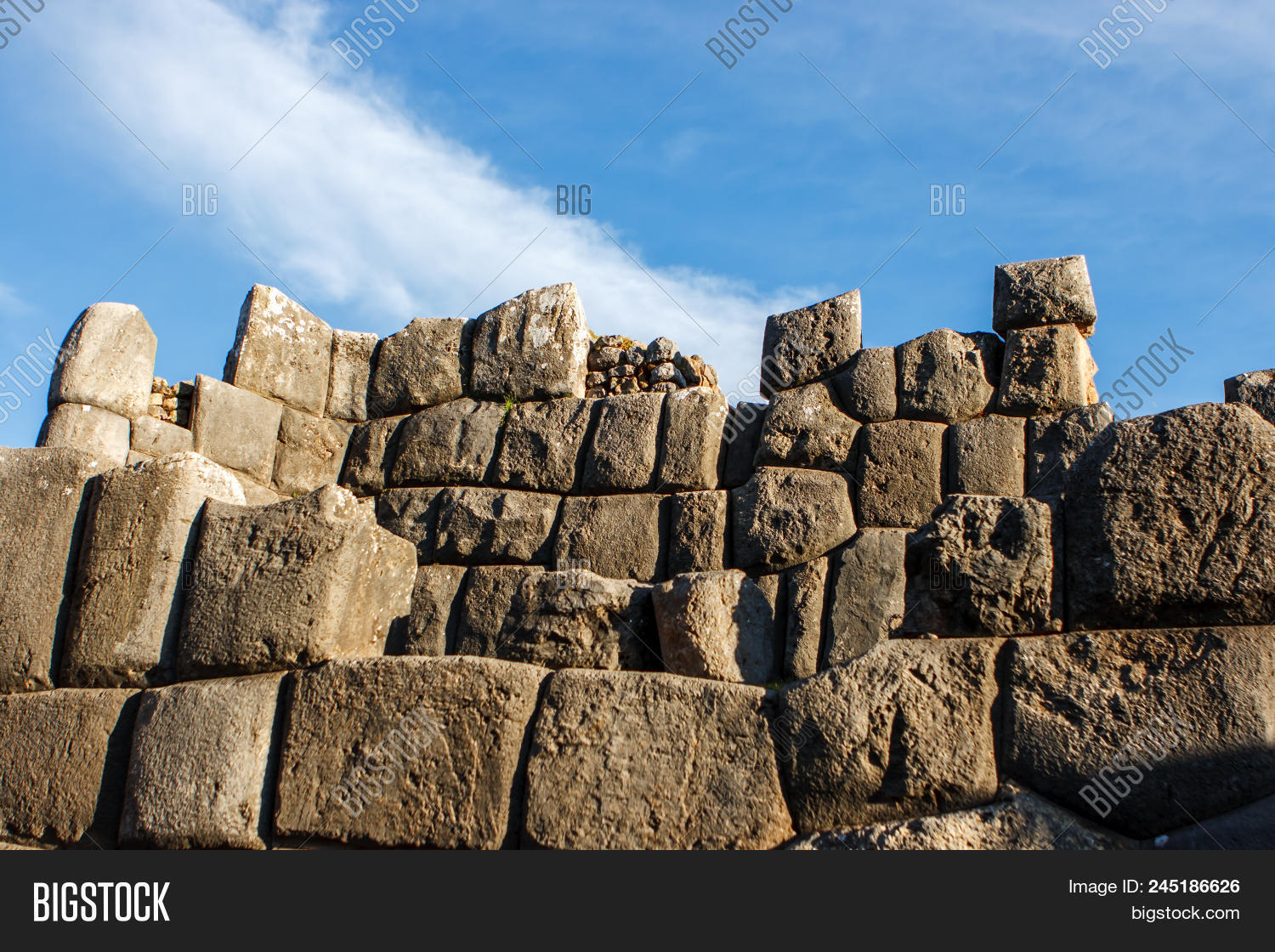 Pictrure of a stone wall at the Sacsayhuaman, Cusco, Peru