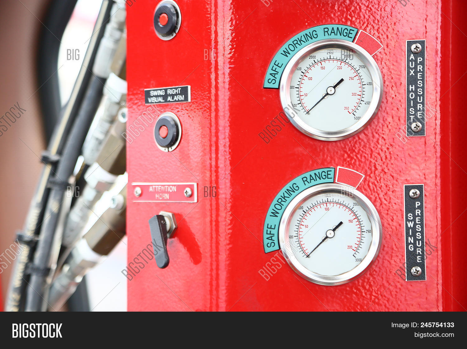 adjust,air,boiler,calibrate,calibration,comman,control,dial,display,energy,engineering,equipment,function,gas,gauge,hydraulic,indicator,industrial,industry,instrument,limit,machine,macro,manometer,measure,measurement,mechanic,metal,meter,offshore,oil,part,perform,pipe,pipeline,plant,power,pressure,process,production,pump,scale,steam,steel,technology,test,tool,valve,vessel,work