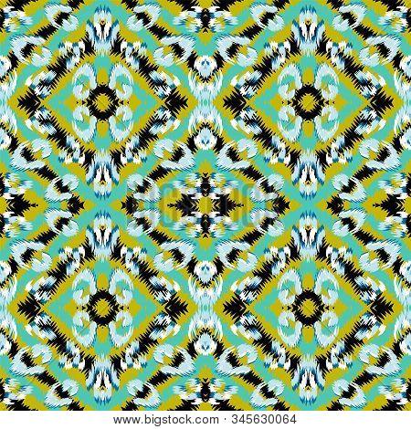 Yellow Leopard Animal Vector Seamless Pattern. Rusty Drawing Jaguar Fabric Design Graffiti Design. Mustard Handmade Tiles Pattern. Graphite Cheetah Carpet Grunge Painting. stock photo