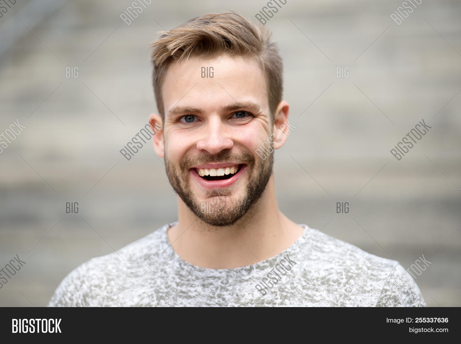 background,barber,beard,bearded,brilliant,care,casual,caucasian,charisma,concept,defocused,dental,dentistry,emotional,emotions,expression,face,fashion,fashionable,grooming,guy,hair,handsome,happy,healthy,implant,macho,man,medicine,mustache,outdoors,perfect,prosthesis,salon,shirt,skin,smile,stomatology,style,stylish,teeth,therapy,treatment,unshaven,white