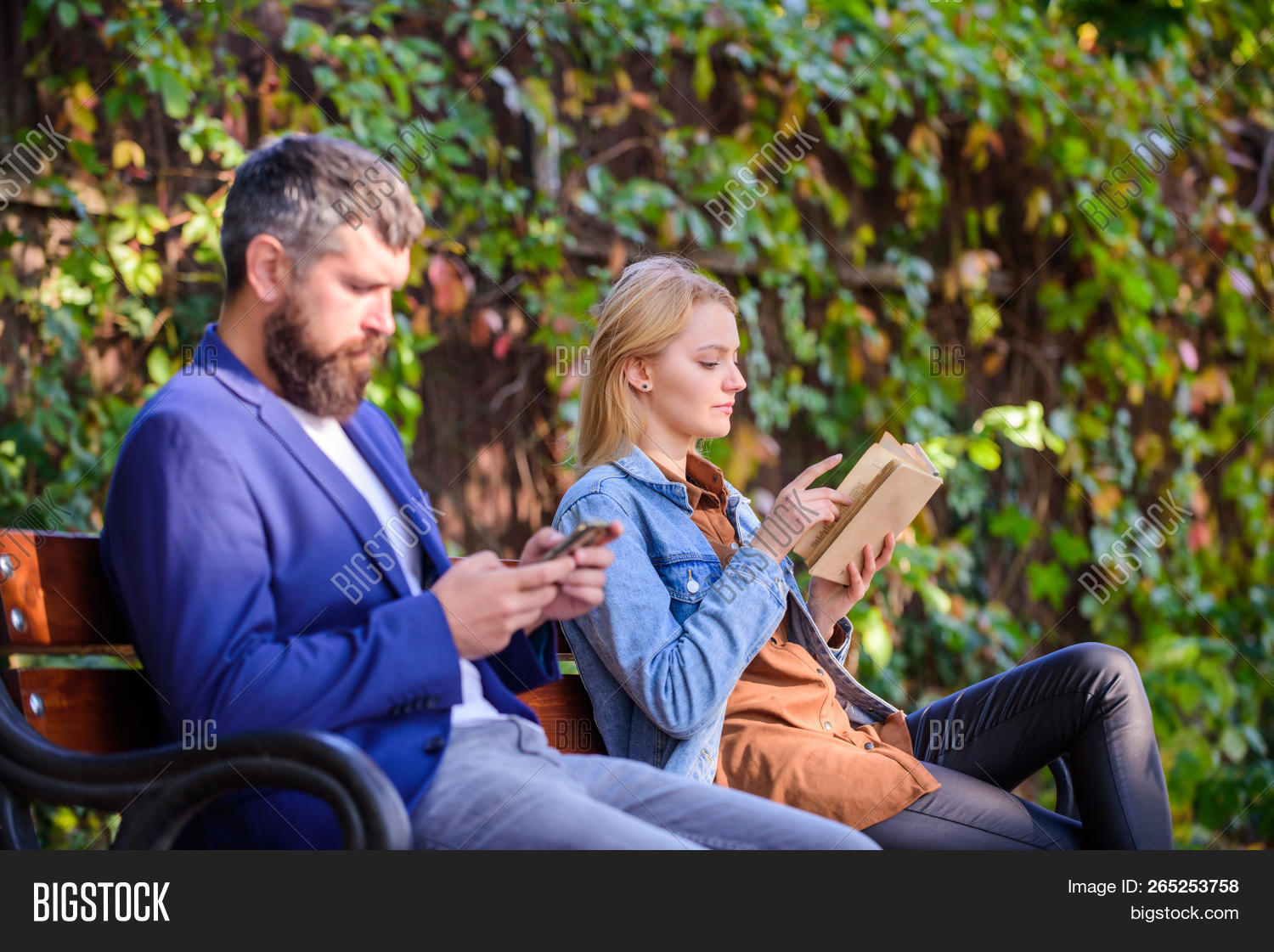 3G,4G,adorable,alternative,beard,bearded,book,cell,concentrated,concept,couple,cute,device,ebook,enjoy,gadget,get,girl,guy,handsome,hipster,hobby,information,interesting,internet,learn,leisure,literature,man,mobile,nature,park,phone,pleasant,pretty,read,reading,relax,smartphone,storage,study,stylish,surfing,virtual,while,woman,world