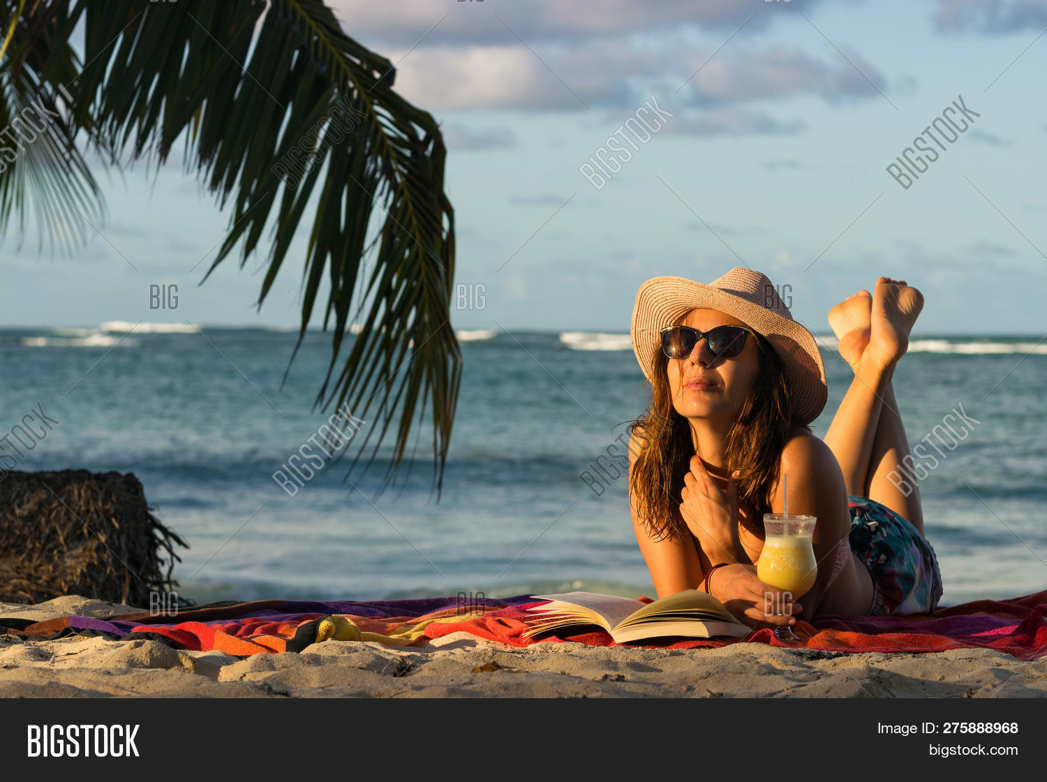 alone,attractive,background,beach,beautiful,beauty,book,chilling,cocktail,daylight,dreamlike,ecology,enjoyment,environment,freedom,fresh,girl,holidays,hot,idyllic,landscape,light,loneliness,lonely,luxuriant,natural,nature,nobody,ocean,outdoor,portrait,relaxation,rural,shore,sky,solitary,solitude,summer,sunlight,sunrise,tourism,travel,traveler,tropical,tropics,turquoise,vacation,warm,woman,zen