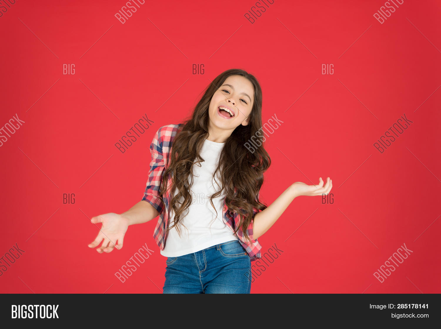 adorable,baby,background,beauty,care,carefree,casual,charming,cheerful,child,childhood,childrens,come,curly,cute,day,do,easy,enjoy,expression,face,feeling,fun,girl,hair,hairstyle,happiness,happy,have,i,international,it,joyful,kid,know,laugh,lets,little,long,not,pretty,red,relax,salon,small,smile,take