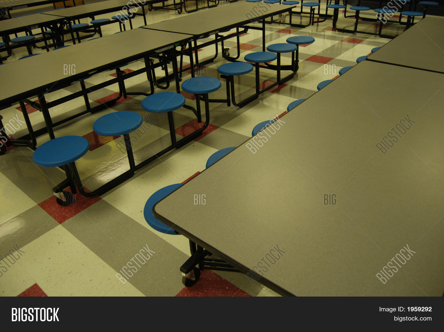 cafe,cafeteria,eat,education,elementary,food,grade,kid,lunch,nutrition,relaxation,school,sitting,snack,student,table,teenager