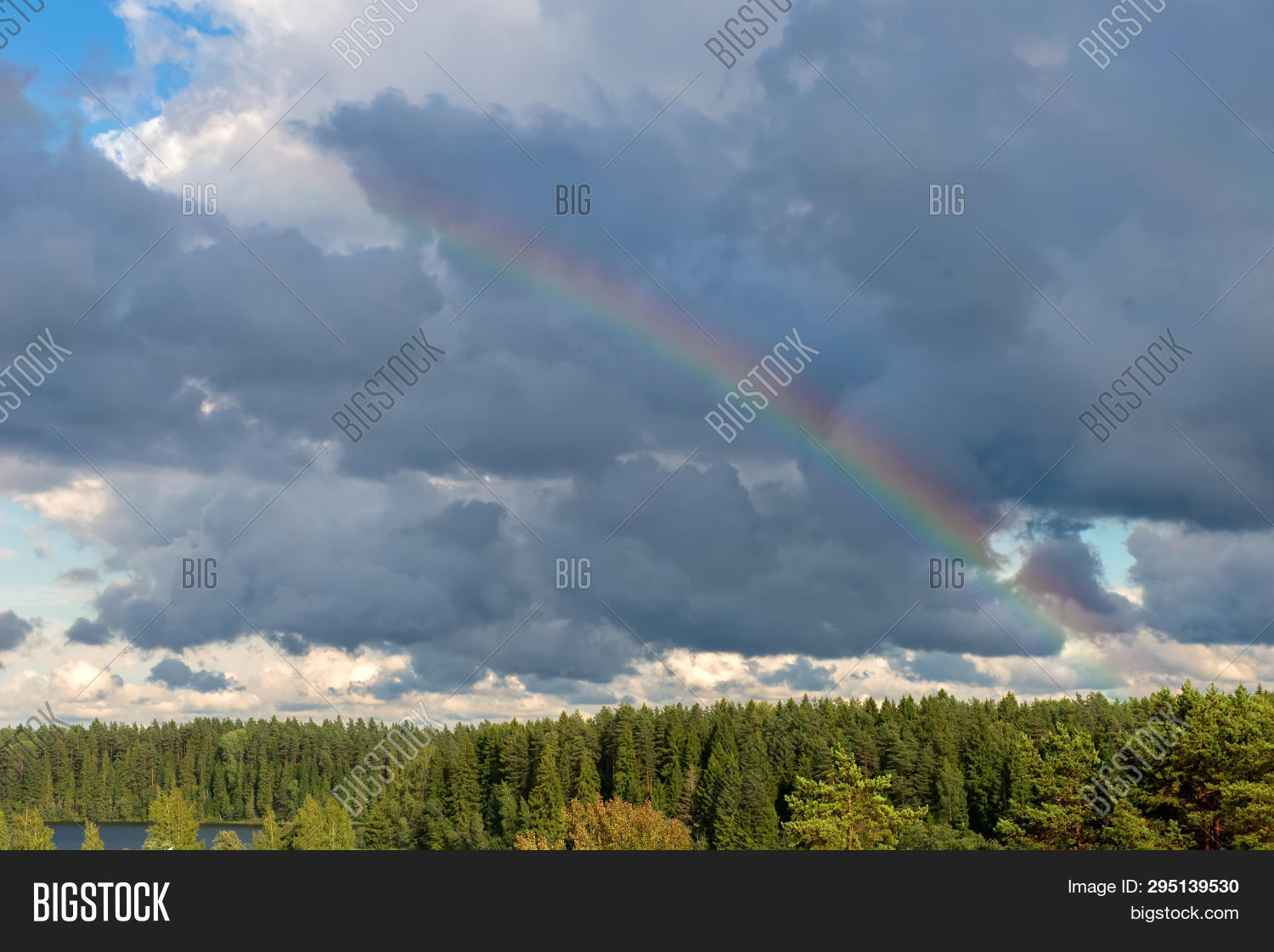 arc,atmosphere,autumn,background,beautiful,blue,bright,cloud,cloudscape,cloudy,color,countryside,day,evening,fantasy,forest,gradient,green,heaven,high,hiking,hill,horizon,landscape,light,morning,natural,nature,orange,panorama,park,pine,rain,rainbow,rock,rural,scenic,sky,spectrum,spring,storm,summer,sun,sunlight,sunset,sunshine,travel,weather,white,wood