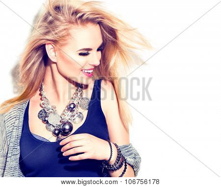 Fashion model girl portrait casual dressed, modern accessories - necklace and bracelets. Beauty youn