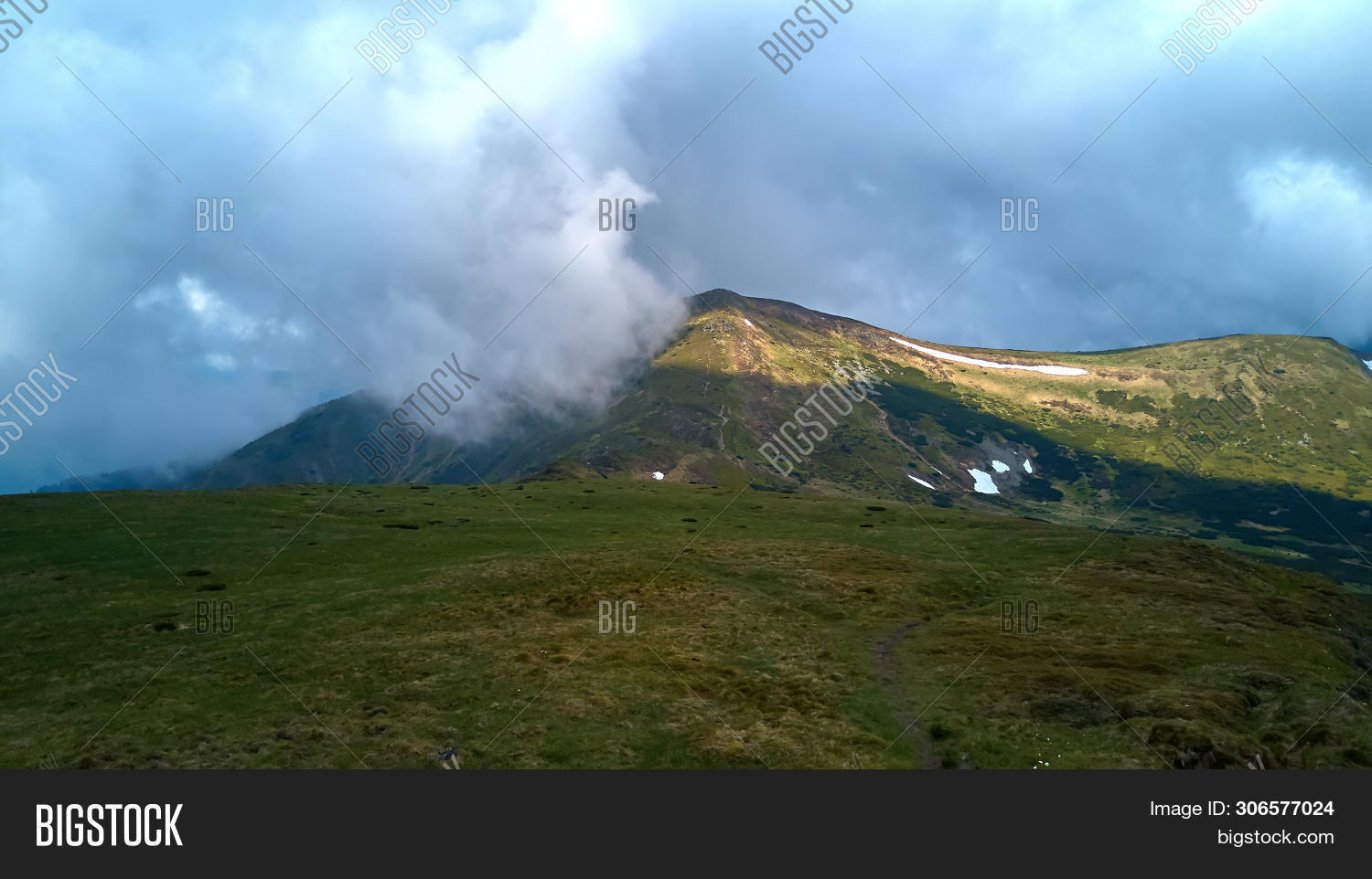 background,beautiful,blue,carpathian,chornohora,cloud,crest,environment,forest,grass,green,hiking,hill,landscape,meadow,mountain,nature,outdoor,panorama,panoramic,path,peak,plant,range,ridge,rock,scenery,scenic,season,sky,slope,spruce,spur,stone,summer,top,tourism,travel,tree,ukraine,valley,view,weather