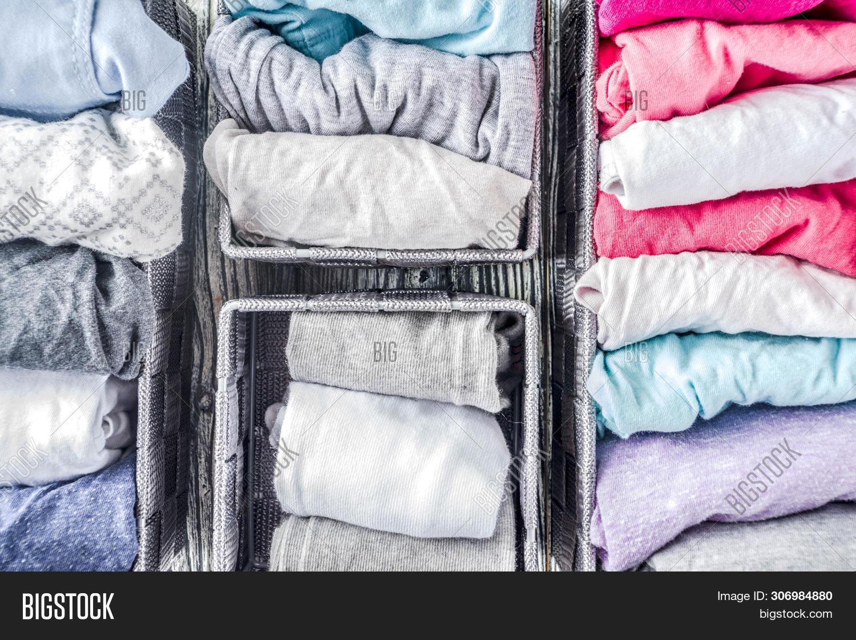 Vertical Marie Kondo Tidying Clothes Method
