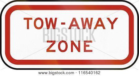 United States MUTCD regulatory road sign - Tow away zone. stock photo