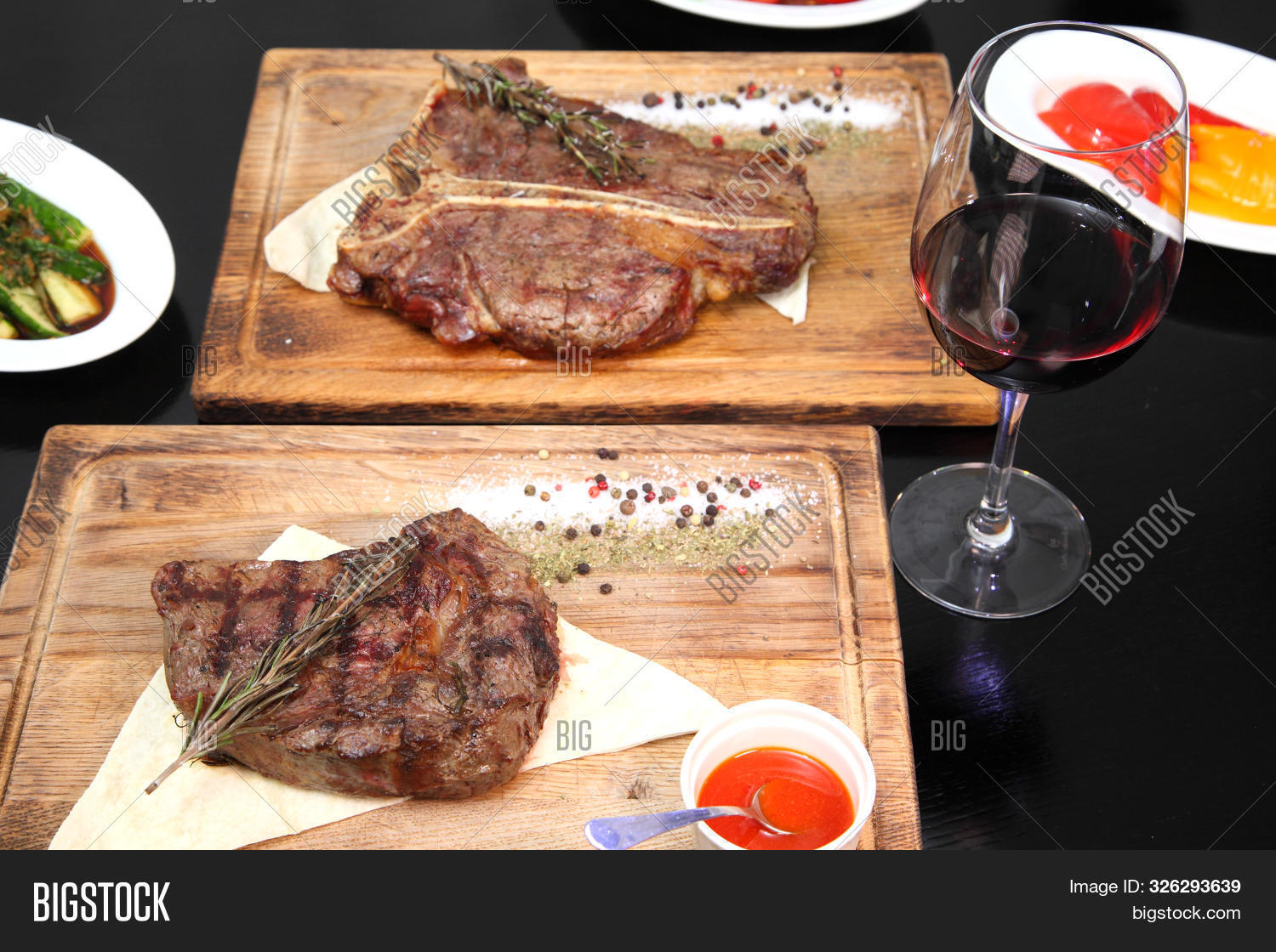 barbecue,bbq,beautiful,beef,board,cooked,cow,crockery,cut,dark,dinner,dish,eye,female,garnish,gourmet,grill,grilled,marbled,meal,meat,medium,menu,natural,people,pepper,piece,pork,preparation,protein,rare,raw,red,restaurant,rib,roast,roasted,rustic,sauce,seasoning,section,spice,steak,surface,table,treat,vegetable,woman,wood,wooden