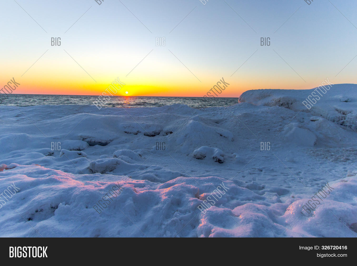 Bear,Dunes,Great,Michigan,Sleeping,bank,beach,cloudscape,coast,coastline,cold,dawn,dramatic,dusk,freezing,frozen,glacier,horizon,ice,lake,lakeshore,landscape,morning,natural,nature,no,ocean,outdoor,panorama,people,remote,scenery,scenic,sea,seascape,seaside,season,sky,snow,snowy,sunrise,sunset,twilight,view,water,winter,wintertime,wintry