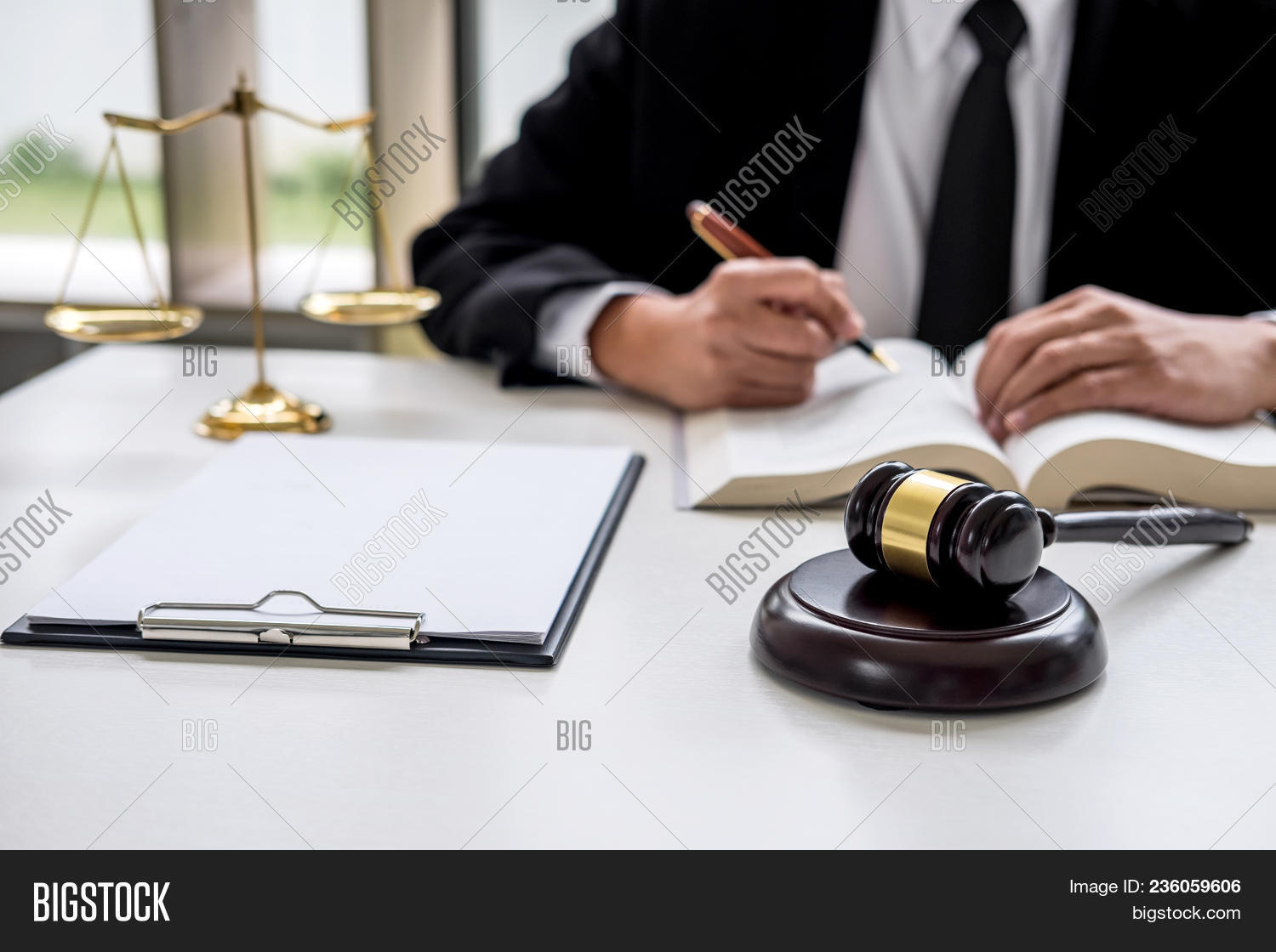 advice,adviser,advocate,agreement,attorney,auction,banknote,book,bribery,business,communication,consult,consultant,contract,corruptibility,corruption,court,courtroom,crime,criminal,customer,dirty,dispute,estate,firm,gavel,hammer,illegal,instructive,judge,jurisprudence,jurist,justice,law,lawyer,legal,legislation,legislator,loan,meeting,money,office,real,recommend,remuneration,salary,service,solicitor,symbol,verdict