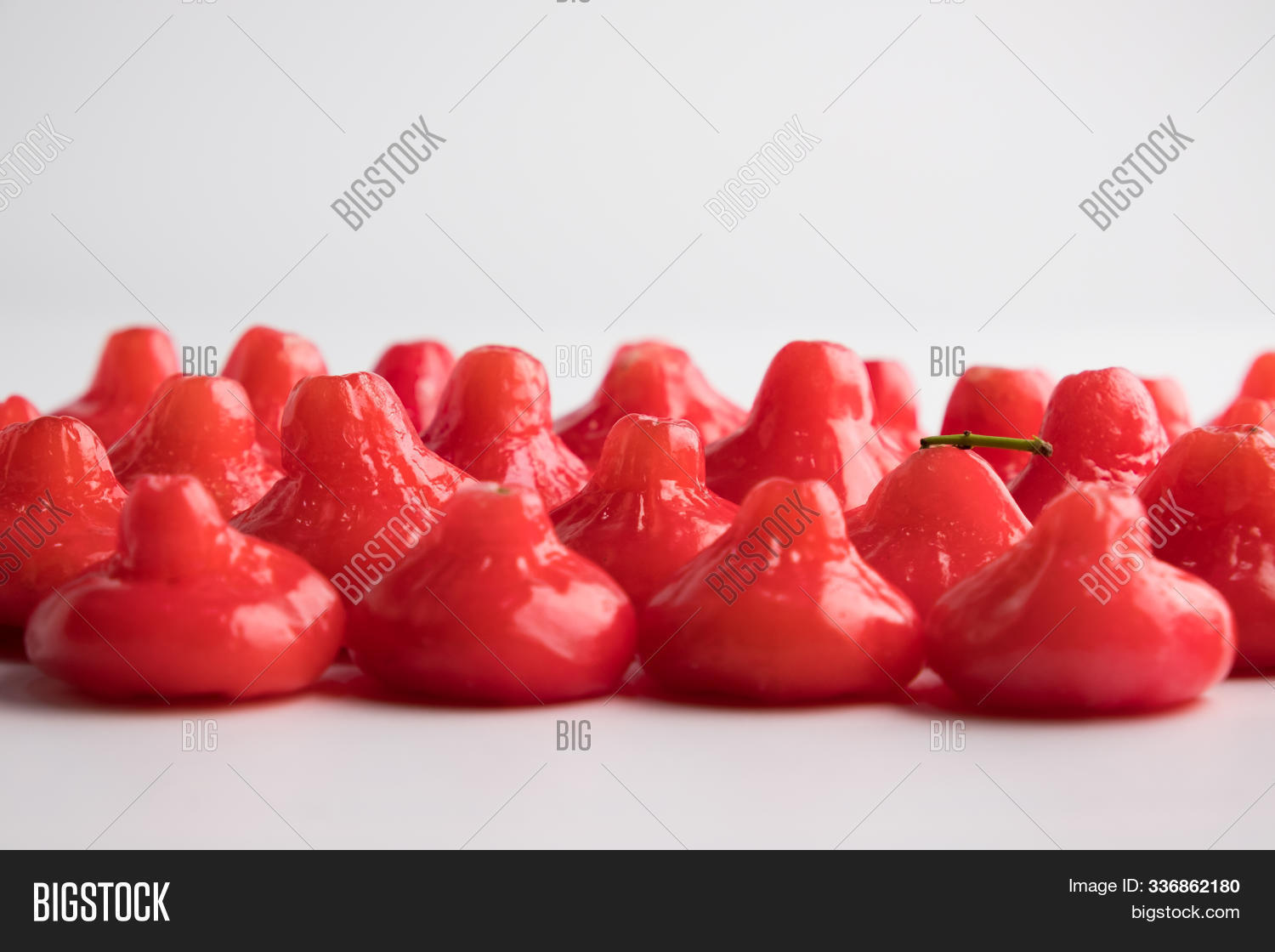 agriculture,antioxidant,apple,asia,background,beautiful,bell,bowl,chomphu,close,crop,decoration,delicious,diet,eating,food,fresh,freshness,fruit,group,harvest,health,healthy,leaf,little,lycopene,natural,nature,nutrient,nutrition,organic,pink,red,ripe,rose,sweet,tasty,thailand,tropical,up,vitamin,white