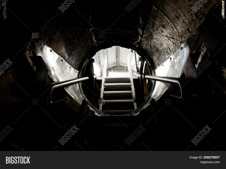 🔥 Submarine Entrance Hatch Door - Western Australia on