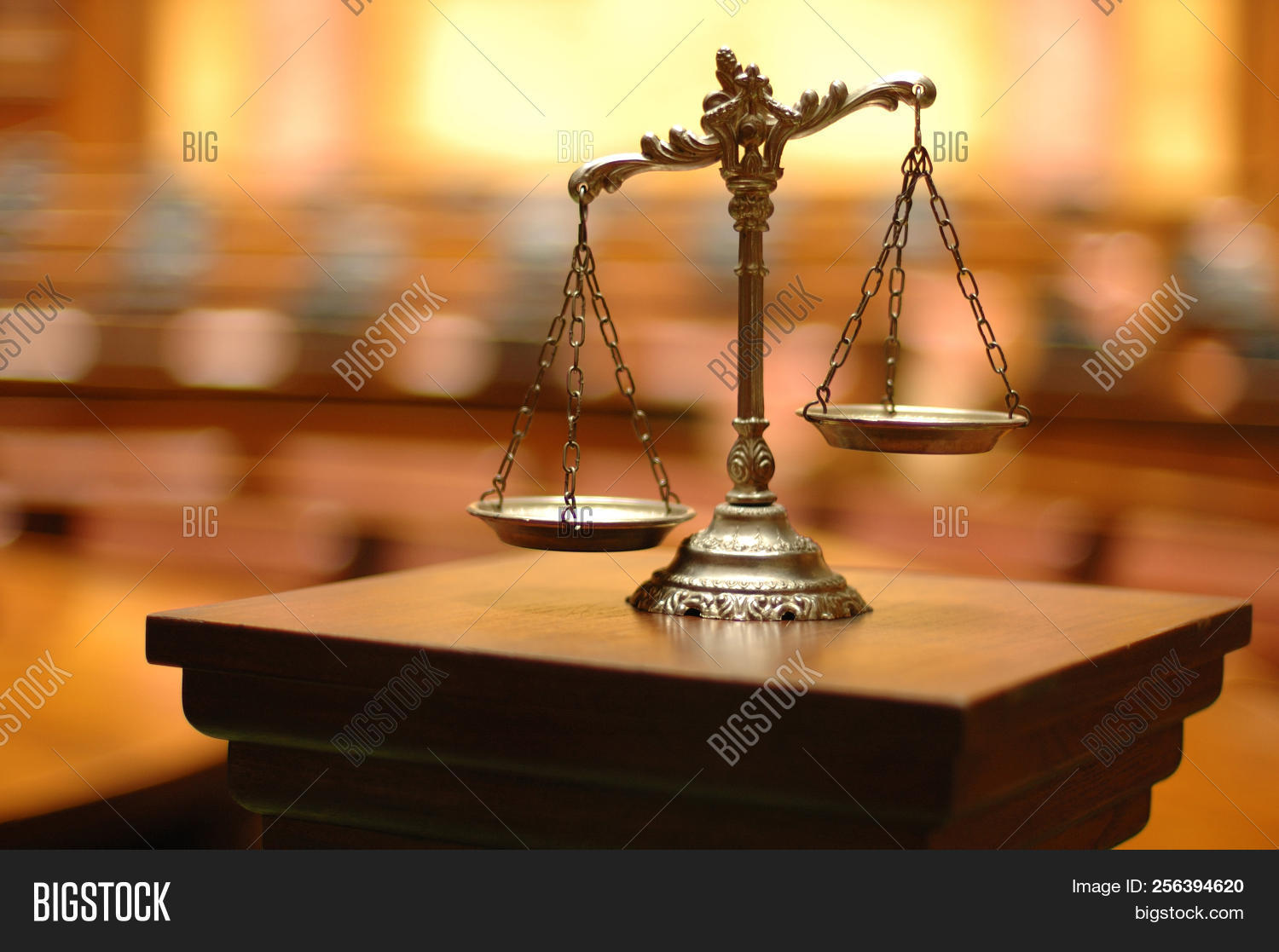 antique,authority,balance,bronze,concept,conceptual,court,courthouse,courtroom,crime,criminal,defendant,freedom,guilt,honesty,innocence,judge,judgement,jury,justice,law,lawyer,legal,liberty,litigate,litigation,measure,measurement,old,plaintiff,punishment,scale,sentence,symbol,system,trial,verdict,weigh,weight
