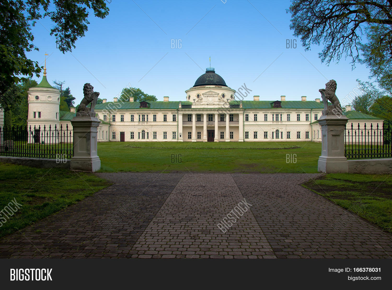 Chernigov,region,European,Kachanovka,Ukraine,Ukrainian,ancient,architecture,art,building,castle,detail,facade,famous,heritage,historic,historical,history,landmark,landscaped,monument,museum,nature,reserve,nobility,old,palace,park,part,style,summer,travel,view