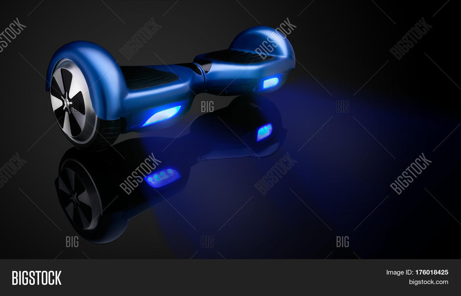 background,balance,battery,black,board,colorful,eco,electrical,electronic,fixing,gadget,giroscooter,giroskuter,gyroboard,gyroscooter,gyroscope,hover,hoverboard,hyroscooter,innovative,mini,model,motion,move,movement,platform,product,scooter,segway,skateboard,smart,speed,technical,technological,technology,transport,unicycle