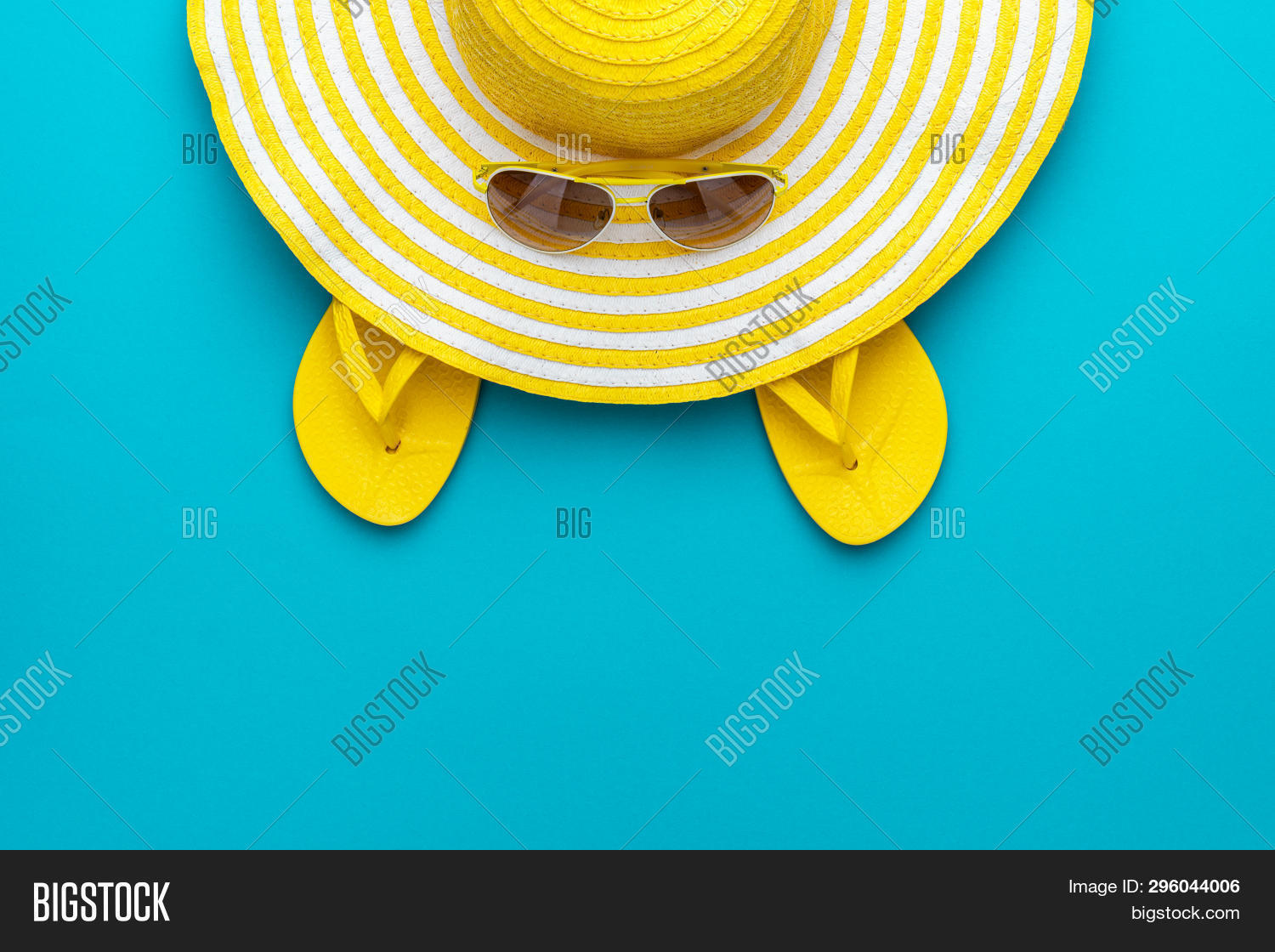 accessory,background,beach,blue,bright,casual,colorful,copyspace,cyan,elegance,eyes,eyewear,fashion,flip-flops,foot,footwear,hat,heat,holiday,hot,minimal,minimalist,ocean,optical,outfit,retro,sandals,sea,season,slippers,striped,style,stylish,summer,sun,sunglasses,sunlight,top,travel,trend,tropical,turquoise,vacation,vibrant,view,vintage,vivid,yellow