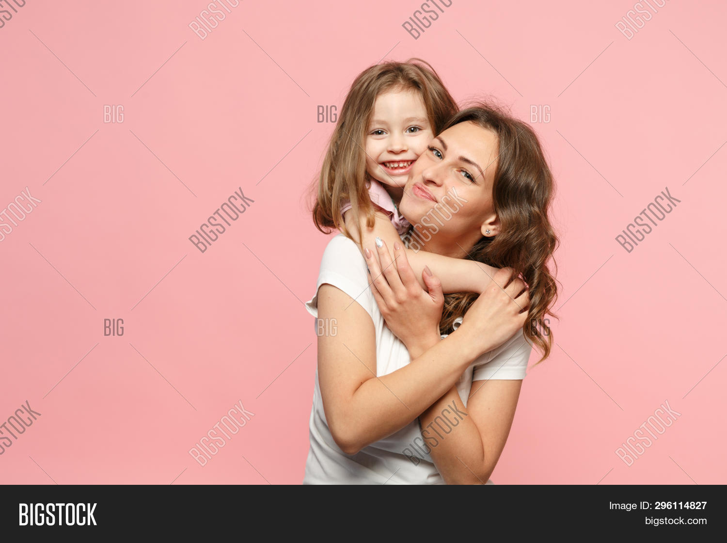 baby,back,backdrop,background,behind,child,children,color,cool,cuddle,daughter,embrace,face,family,feelings,female,feminine,fondness,friendship,game,gesture,girl,happiness,happy,hug,indoors,international,kid,kiss,leisure,lifestyle,mom,mommy,mother,parent,people,person,play,preschooler,relationship,shirt,small,smile,summer,tenderness,together,togetherness,white,woman