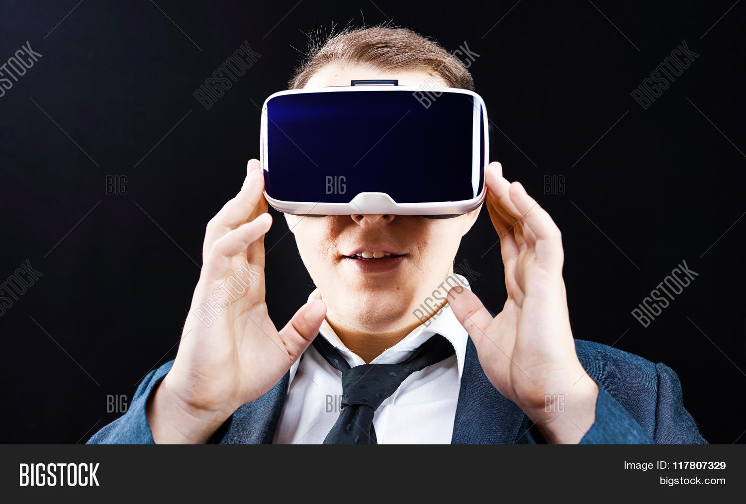 360,3d,amazing,businessman,computer,control,cyber,degrees,device,digital,display,electronic,emotions,emulator,entertainment,equipment,future,futuristic,glasses,head,head-mounted,hmi,industry,interactive,interface,looking,machine,man,mask,motion,movement,reality,science,screen,simulation,simulator,station,technology,touch,tracking,video,virtual,virtuality,vision,vr,watch,wide,working