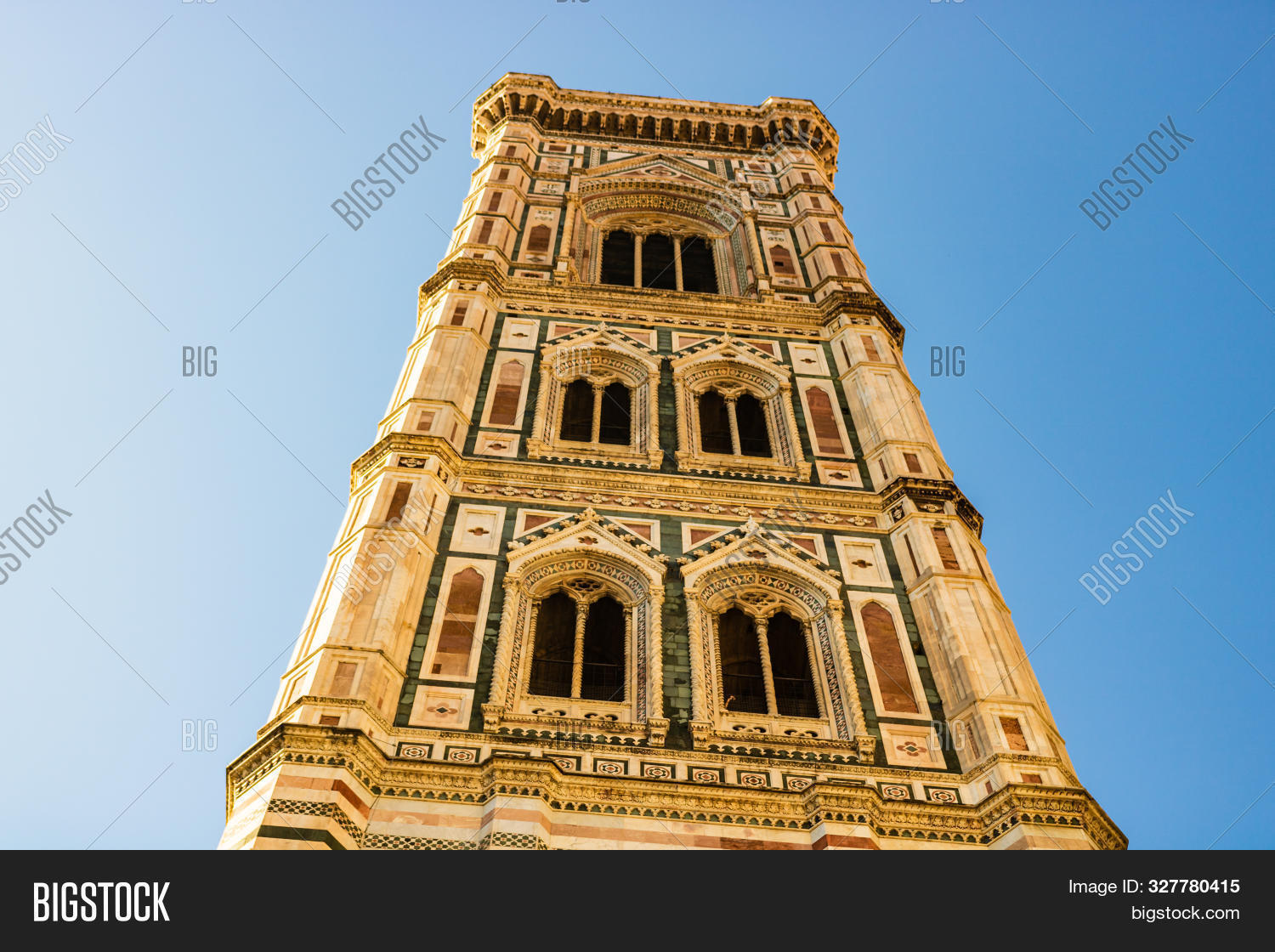 ancient,architecture,attraction,basilica,building,cathedral,church,city,cityscape,del,destination,dome,duomo,europe,famous,fiore,firenze,florence,gothic,italian,italy,landmark,maria,mary,medieval,old,panorama,panoramic,piazza,renaissance,saint,santa,sightseeing,sky,skyline,toscana,tour,tourism,travel,tuscany,view