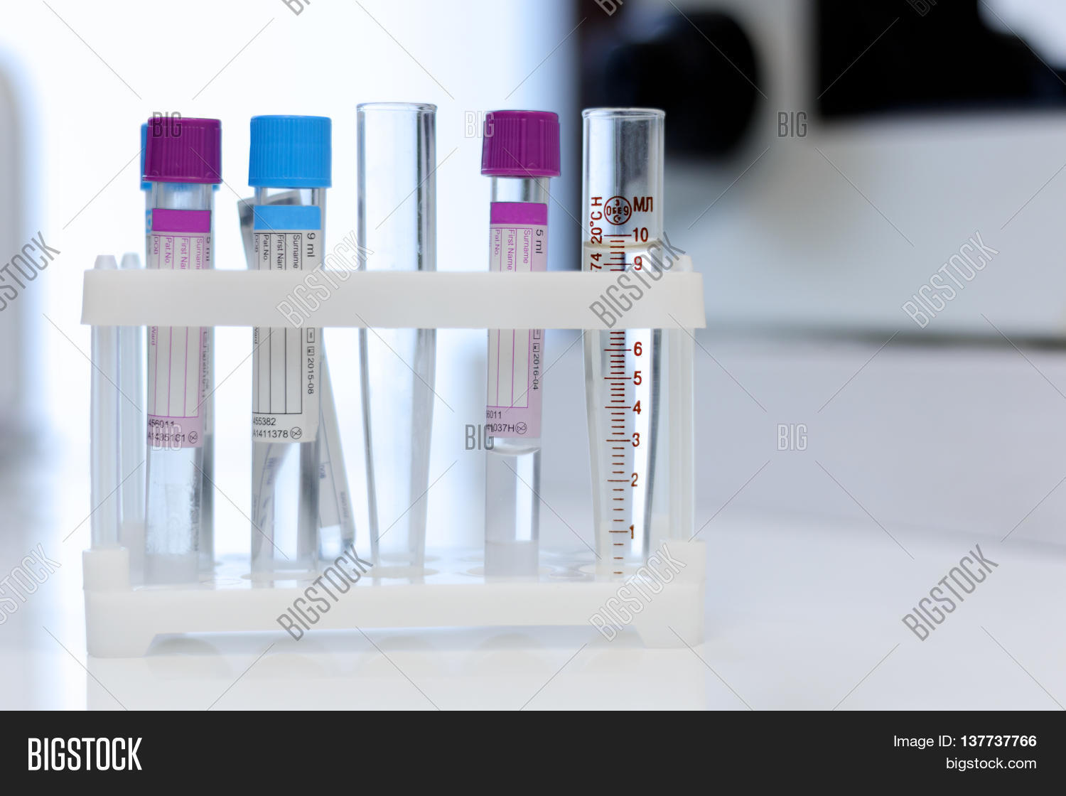 test,tube,lab,medical,clinical,label,dna,plasma,scientist,tray,serum,appliances,tool,biotechnology,analysis,rotate,technology,medicine,equipment,shake,biology,instrument,health,device,manipulation,healthcare,experiment,sample,laboratory,chemical,scientific,blood,bank,research,place,hospital,care,science,biochemistry,biomedical,container,pharmacy