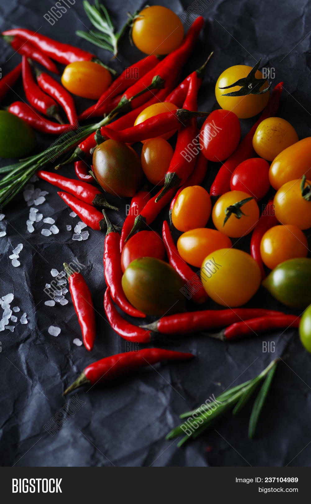 cherry,chili,cooking,diet,food,freshness,gourmet,green,group,healthy,ingredient,lifestyle,organic,pepper,raw,red,seasoning,table,tomato,vegetarian,vitamin,yellow