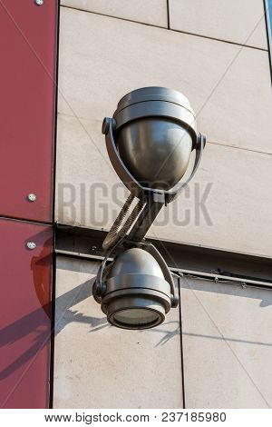 Modern Street All-weather Double-sided Lamp On The New Building
