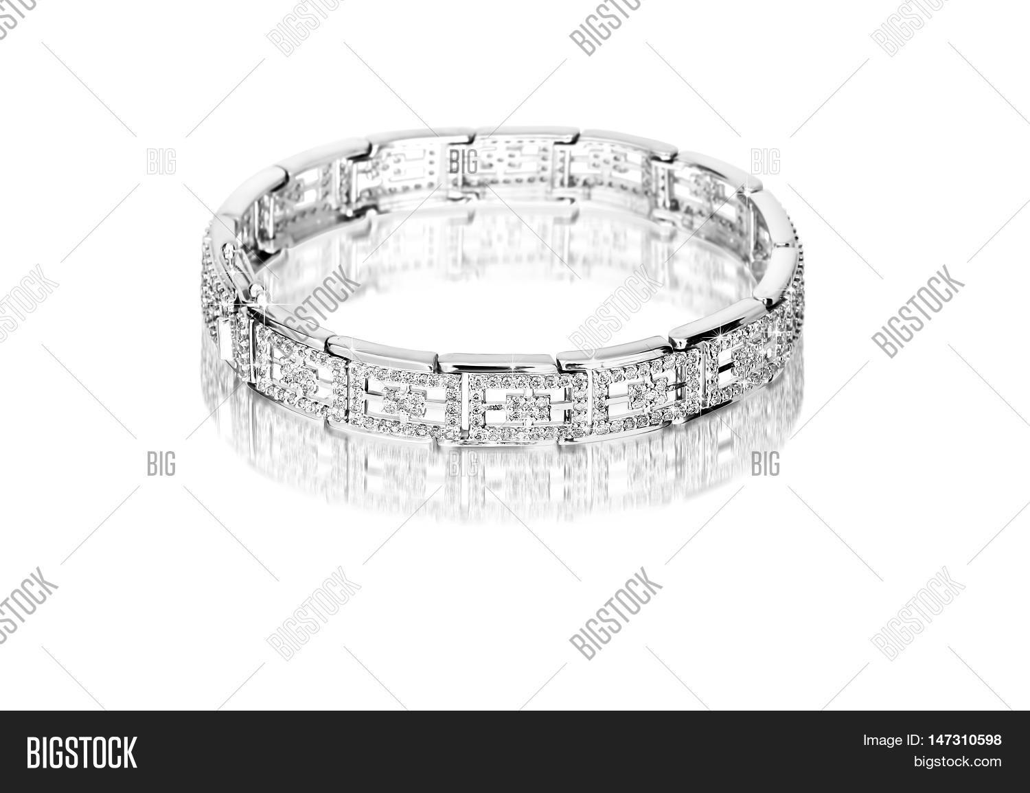 silver bracelet with diamonds on a white background. 3d illustration