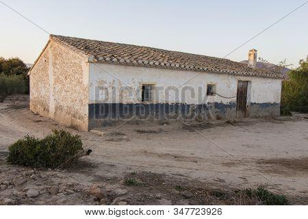 old farmhouse abandoned, abandoned farmhouse on Huercal Overa, Almeria, Andalusia, Spain stock photo