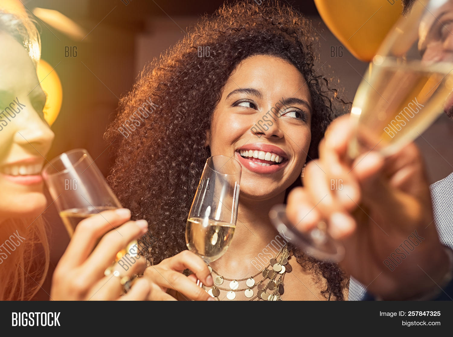 african,alcohol,american,attractive,beautiful,beverage,black,carefree,celebrate,celebrating,celebration,champagne,cheerful,club,drink,drinking champagne,eve,face,flute,friend,friends,fun,girl,glamour,glass,group,happy,happy birthday,joy,laughing,lifestyle,luxury,multi ethnic group,multiethnic,new year,new year eve,new year's eve,new year's party,night,nightlife,party,people,pretty,smiling,together,wine,woman,women,year,young