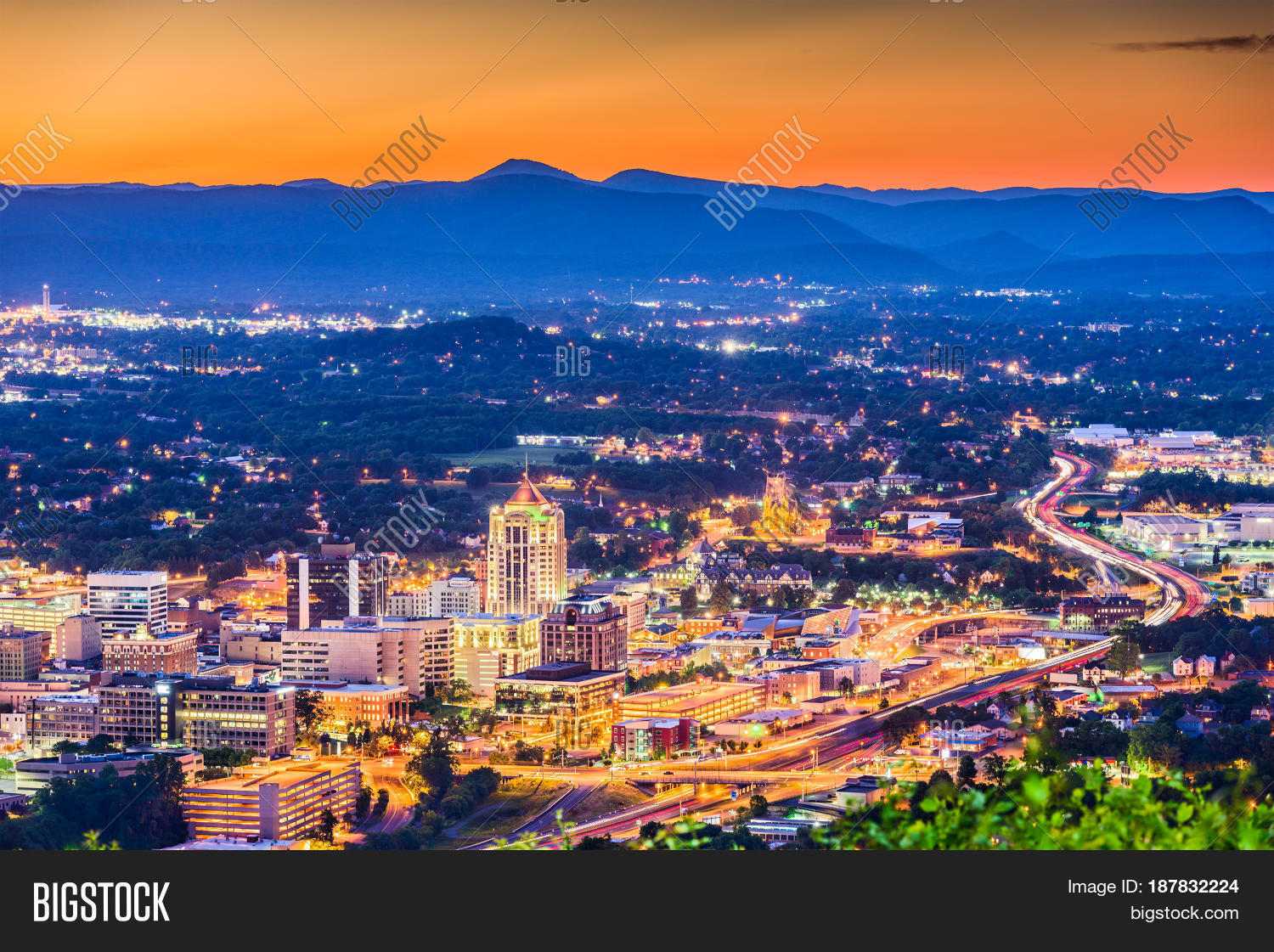 aerial view,america,american,appalachia,appalachians,architecture,blue ridge mountains,buildings,business district,city,cityscape,dawn,district,downtown,dusk,evening,financial district,hills,historic,historical,landmark,lights,mill mountain,morning,mountains,night,observation deck,office buildings,roanoke,scene,sightseeing,skyline,south,southern,sunrise,sunset,tourism,town,townscape,travel,twilight,united states,uptown,usa,va,valley,view,virginia,virginian