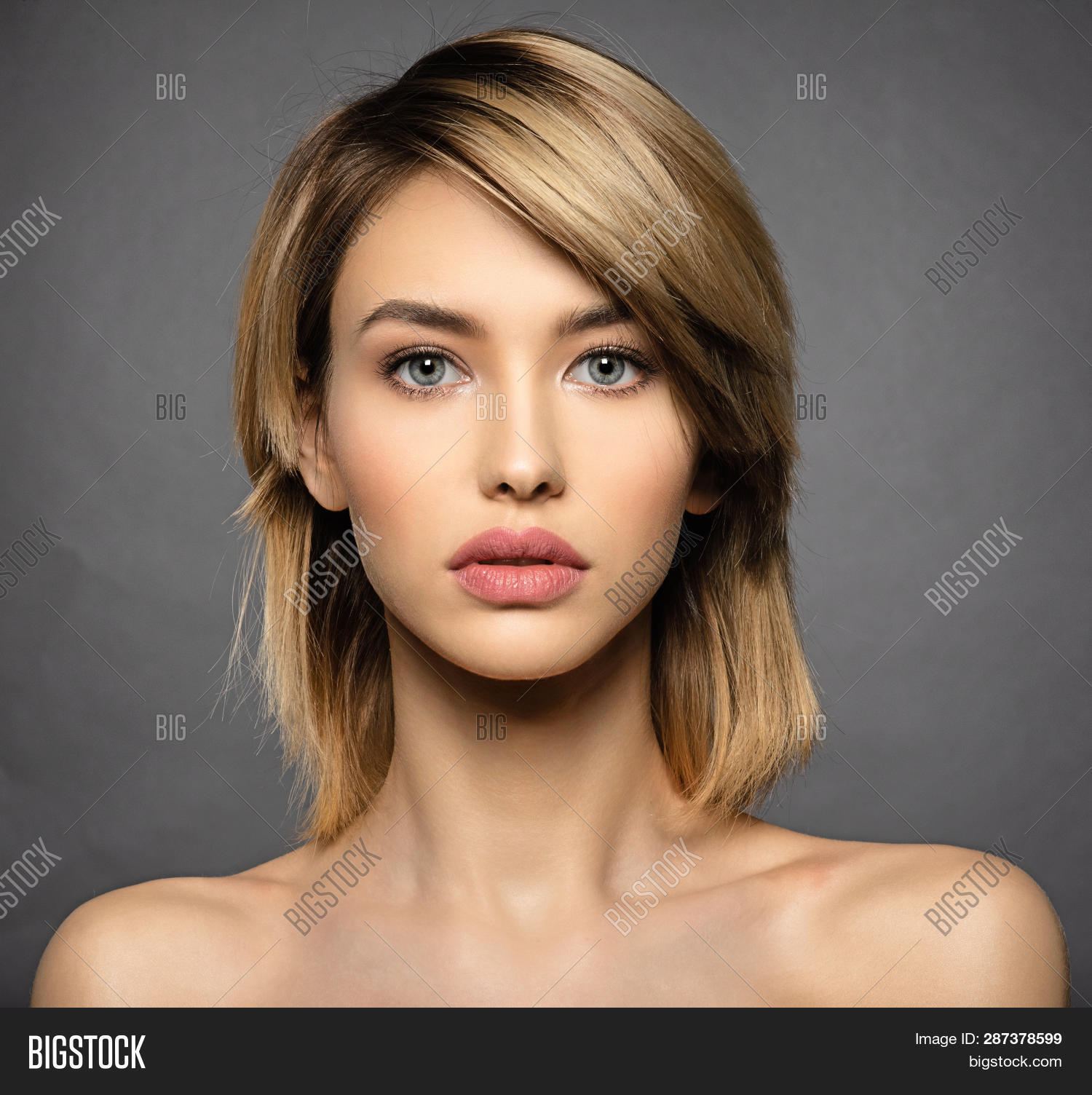 beautiful,beauty,beauty treatment,black background,blond,blonde,blue eyes,brown,brown hair,care,caucasian,closeup,coiffure,curly,curly hair,face,fashion,female,fringe,girl,glamour,hair,hairdo,hairstyle,health,healthy,isolate,long,makeup,medium length,model,one,portrait,pretty,salon,sexy,short,skin,skin care,smokey,smokey makeup,style,woman,women
