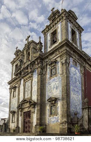 Church of Saint Ildefonso - Igreja de Santo Ildefonso a 18th century building in Baroque style covered with typical Portuguese blue tiles called Azulejos. Unesco World Heritage Site in Porto Portugal. stock photo