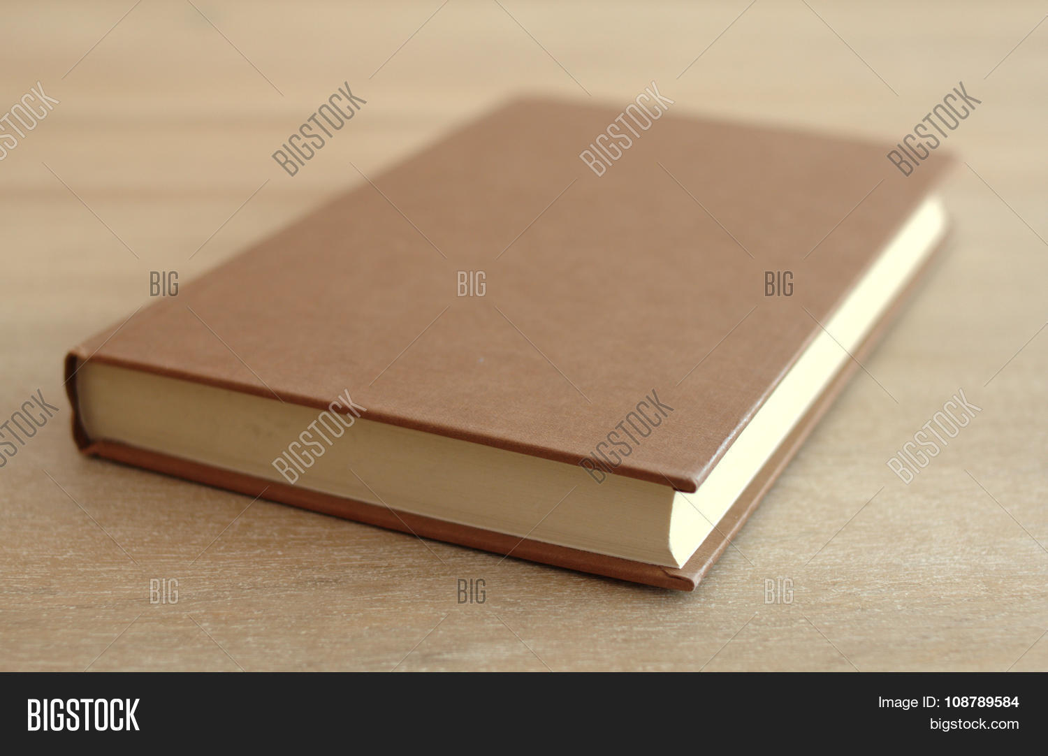 book,book-cover,classical,clean,closed,cover,diary,education,educational,hardbound,hardcover,interior,isolated,knowledge,learn,learning,library,literary,literature,object,old,paper,paperback,private,read,reading,retro,rustic,school,simple,simplicity,single,study,studying,symbol,table,vintage,wisdom,wood,wooden