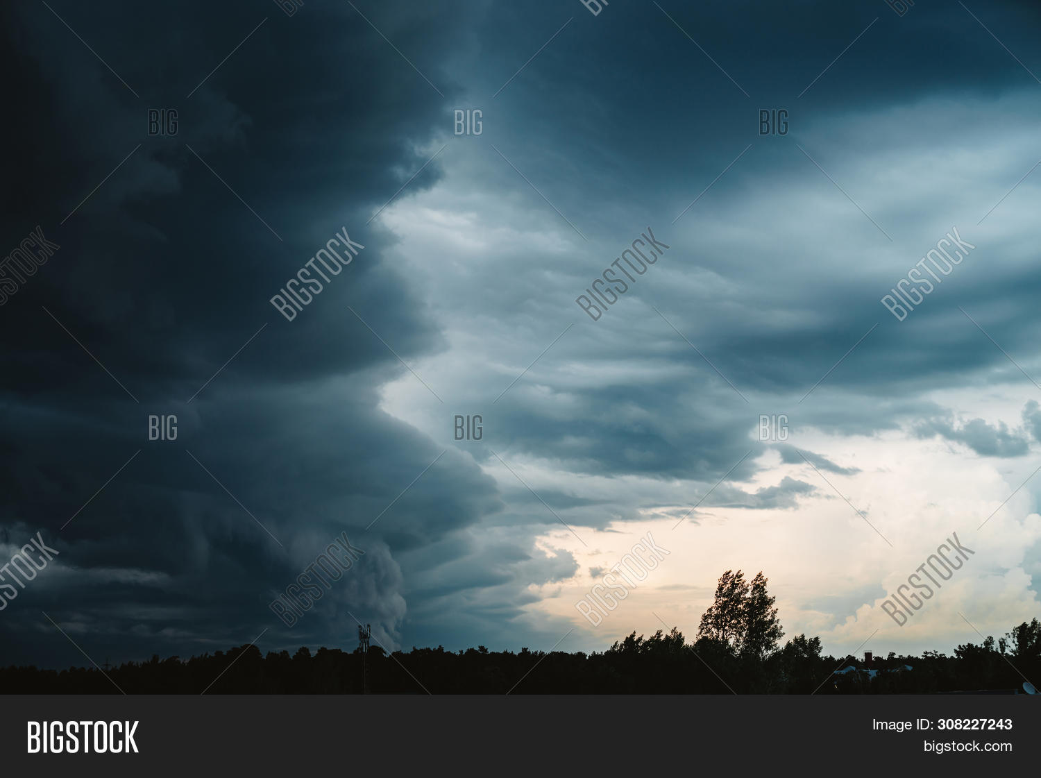 atmosphere,backdrop,background,bad,beautiful,blue,cirrus,climate,cloudiness,clouds,cloudscape,cloudy,cumulonimbus,danger,darkness,dawn,disaster,dramatic,electric,environment,heaven,hurricane,impressive,landscape,layered,majestic,meteorology,moody,nature,ominous,overcast,overcloud,pattern,scenery,scenic,sky,snorter,storm,stormy,stratus,sunrise,sunset,texture,thunder,thunderclouds,thunderstorm,weather,wind,windstorm