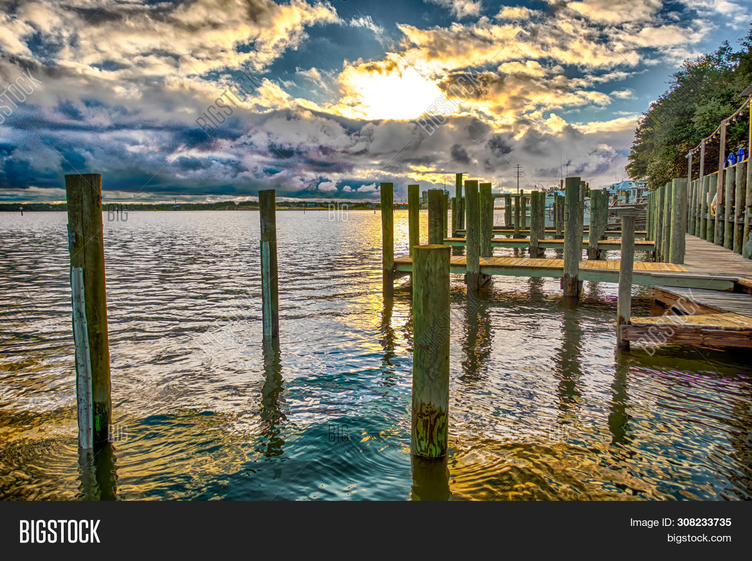 amazing,atlantic,bar,bay,boardwalk,bridge,building,chesapeake,clouds,cloudy,dinner,eats,fish,food,fort,house,inlet,island,lynnhaven,nature,norfolk,ocean,oysters,picnic,pier,restaurant,river,story,sun,sunset,tables,va,virginia,water,waterfront,waves