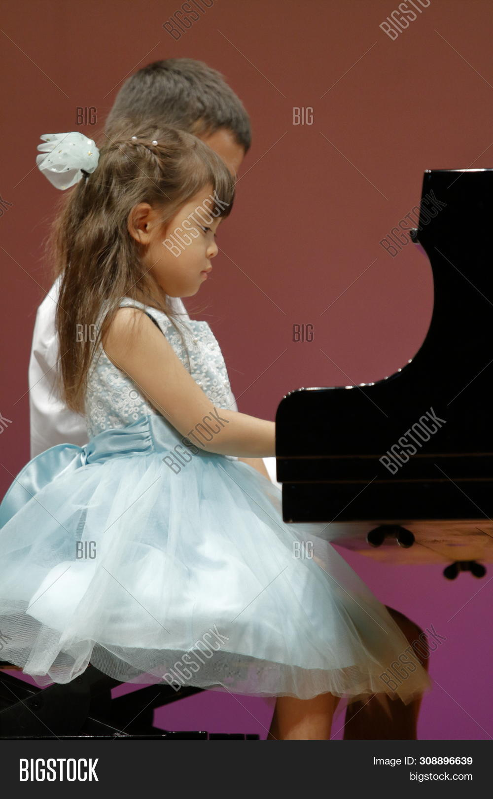 10,4,4th,9,Japanese,blouse,boy,child,classic,classical,concert,cute,dress,elementary,ethnicity,female,formal,four,fourth,full,girl,grade,grand,guy,hall,human,instrument,kid,kindergarten,male,man,music,musical,old,people,persons,piano,play,playing,primary,pupil,school,stage,student,two,under,wear,woman,years