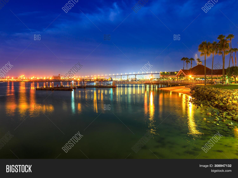 america,architecture,architecure,attraction,bay,beach,bridge,building,california,city,cityscape,coast,coronado,destination,diego,downtown,dusk,evening,famous,harbor,illuminated,island,landmark,landscape,marina,night,ocean,pacific,place,reflection,san,scene,scenic,sea,seascape,shore,skyline,skyscrapers,states,tourist,town,travel,twilight,united,urban,usa,view,water,waterfront,west