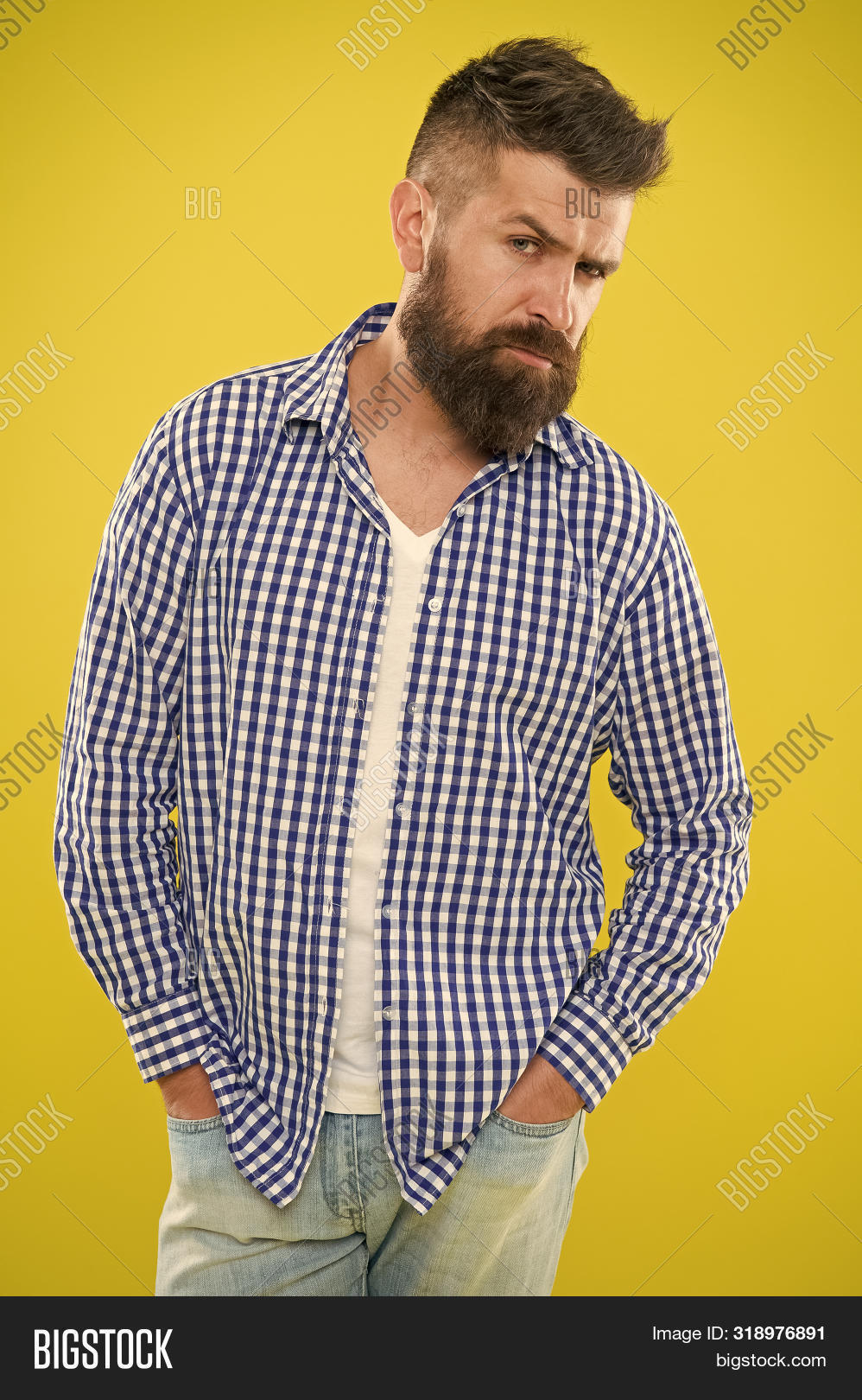 adult,appearance,background,barber,beard,bearded,brutal,care,casual,caucasian,concept,doubts,emotional,expression,face,fashion,fashionable,guy,haircut,hairdresser,handsome,having,hesitate,hipster,lumbersexual,macho,maintain,man,masculine,masculinity,mustache,serious,some,stand,stylish,think,thoughtful,tips,unshaven,yellow