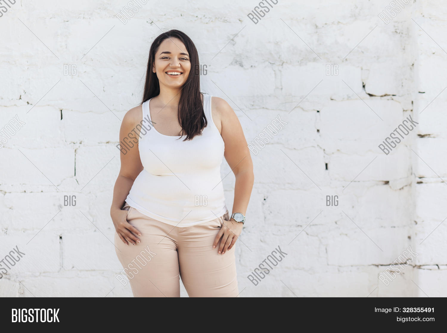 background,beautiful,beauty,blank,body,caucasian,chubby,clothing,curvy,cute,fashion,fat,female,figure,girl,happy,model,overweight,plus,positive,pretty,shirt,simple,size,standing,white,woman,young