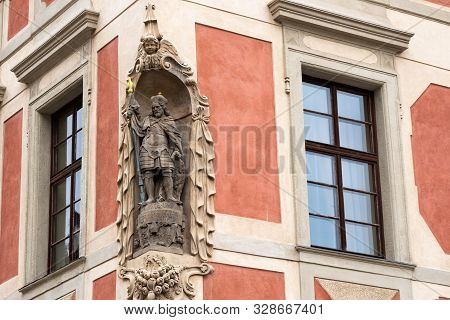 Statue of Saint Wenceslas on  the Facade of the Old Provost Residence in Prague Castle, Czech Republic, made by Johann Georg Bendl in 1662. stock photo
