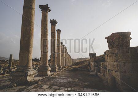 Columns of the cardo maximus, Ancient Roman city of Gerasa of Antiquity, modern Jerash, Jordan stock photo
